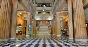 Freemasons-Hall_foyer_photo-Tony-Lewis-850x455
