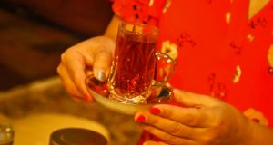 Hunt-Gather-Persian-tea-850x455